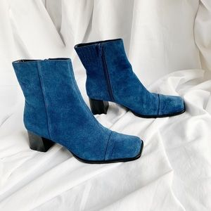 Square toe boots.